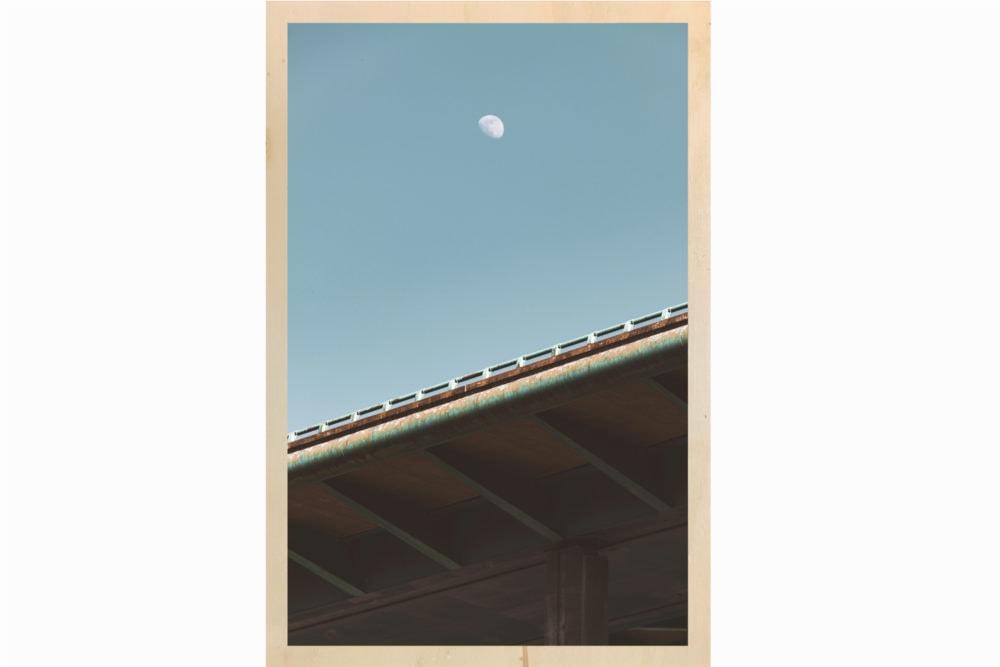 Le pont sous la lune